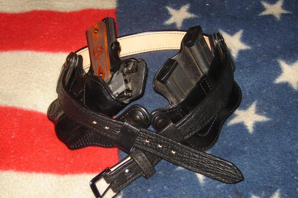 TT Gunleather IWB & Beltman carry rig pics